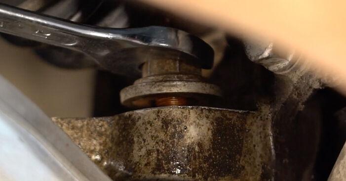 Wie Querlenker AUDI A6 Limousine (4F2, C6) 2.0 TDI 2005 austauschen - Schrittweise Handbücher und Videoanleitungen