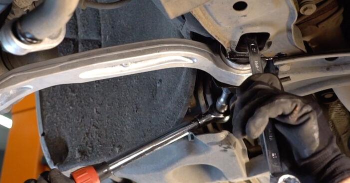 Wechseln Querlenker am AUDI A6 Limousine (4F2, C6) 2.7 TDI 2007 selber