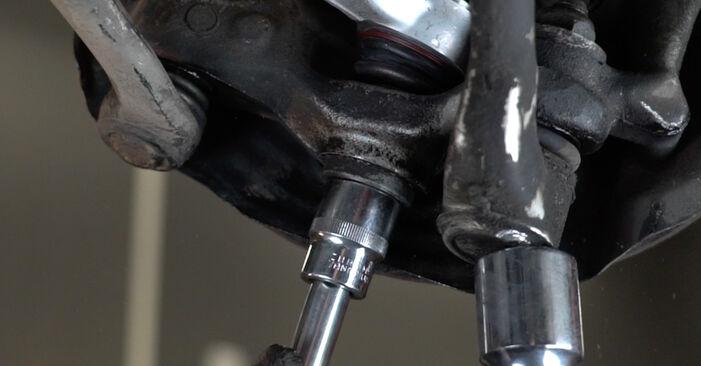 Kaip pakeisti BMW 5 Sedanas (E39) 523i 2.5 1996 Vikšro Valdymo Svirtis - išsamios instrukcijos ir vaizdo pamokos