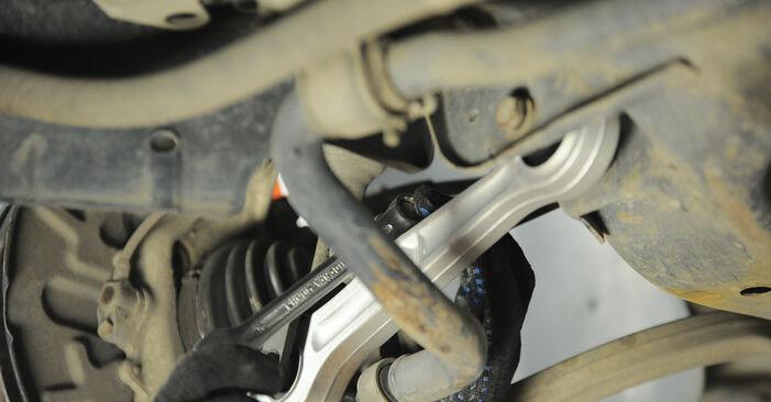 Pasikeiskite AUDI A4 Sedanas (8E2, B6) 2.5 TDI quattro 2004 Vikšro Valdymo Svirtis patys - internetinė instrukcija