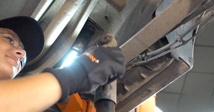 VW CADDY 1.9 TDI Tlmič pruzenia výmena: online návody a video tutoriály