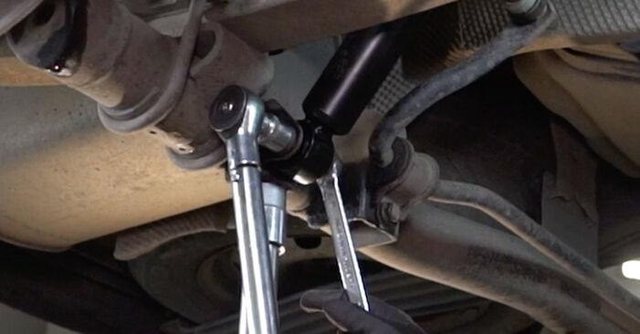 Ako vymeniť Tlmič pruzenia na VW Caddy 3 Van 2004 – bezplatné PDF a video návody.