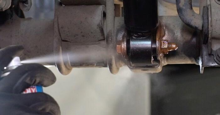 Svojpomocná výmena Tlmič pruzenia na VW Caddy III Van (2KA, 2KH, 2CA, 2CH) 2.0 TDI 4motion 2007