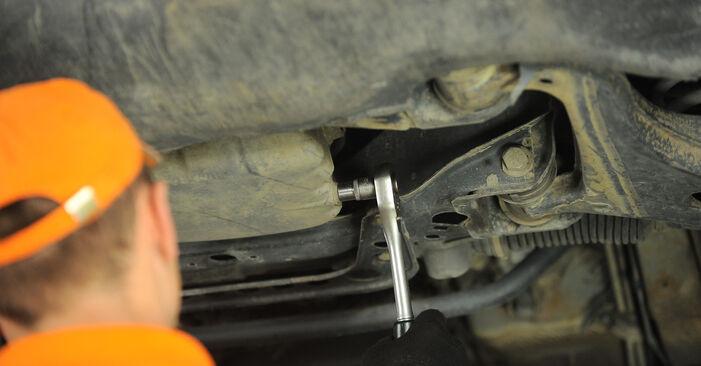 Ölfilter Mercedes W210 E 200 2.0 (210.035) 1997 wechseln: Kostenlose Reparaturhandbücher