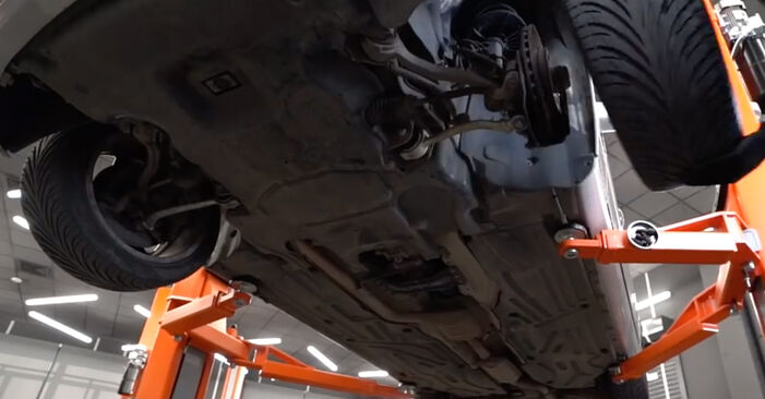 Byt Bromsbelägg på MERCEDES-BENZ E-klass Sedan (W210) E 290 2.9 Turbo Diesel (210.017) 1998 själv