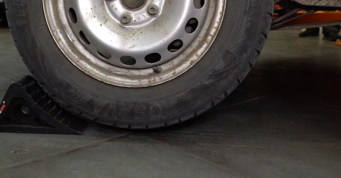 Bremsscheiben VW Caddy 3 kasten 2.0 SDI 2006 wechseln: Kostenlose Reparaturhandbücher