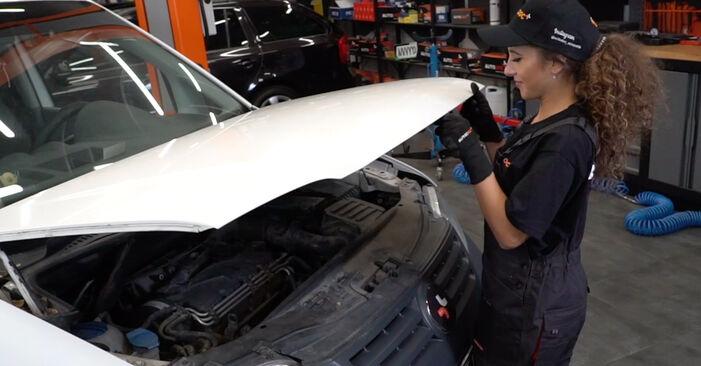 Wie Bremsscheiben VW Caddy 3 kasten 1.9 TDI 2004 tauschen - Kostenlose PDF- und Videoanleitungen