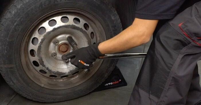 Tausch Tutorial Bremsscheiben am VW Caddy III Kastenwagen (2KA, 2KH, 2CA, 2CH) 2004 wechselt - Tipps und Tricks