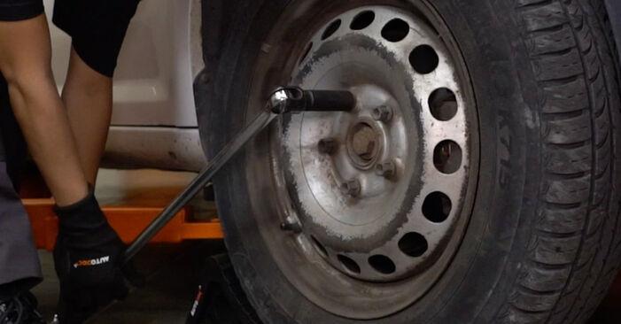 Wie Bremsbeläge VW Caddy III Kastenwagen (2KA, 2KH, 2CA, 2CH) 1.6 TDI 2005 austauschen - Schrittweise Handbücher und Videoanleitungen