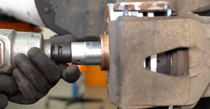 Как да сменим Пружинно окачване на VW Caddy III Ван (2KA, 2KH, 2CA, 2CH) 2009: свалете PDF наръчници и видео инструкции