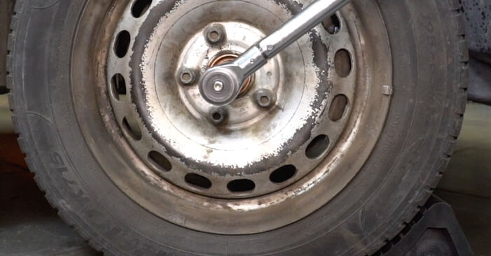 Смяна на VW CADDY 1.9 TDI Пружинно окачване: онлайн ръководства и видео уроци