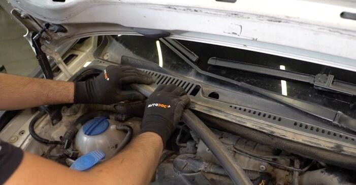 Kaip pakeisti VW Caddy III Van (2KA, 2KH, 2CA, 2CH) 1.9 TDI 2005 Spyruoklės - išsamios instrukcijos ir vaizdo pamokos
