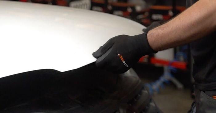 A substituição do Vela de Incandescência no VW Caddy III Van (2KA, 2KH, 2CA, 2CH) 2.0 SDI 2006 não é mais um problema com o nosso tutorial passo a passo.