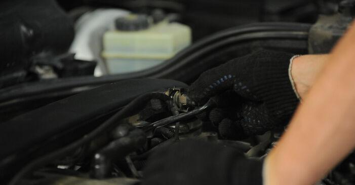 E-Klasse Limousine (W210) E 320 CDI 3.2 (210.026) 1997 E 220 CDI 2.2 (210.006) Zündkerzen - Handbuch zum Wechsel und der Reparatur eigenständig