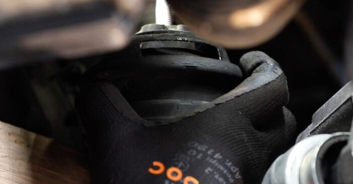 Wie schwer ist es, selbst zu reparieren: Motorlager BMW E39 Touring 530i 3.0 2002 Tausch - Downloaden Sie sich illustrierte Anleitungen