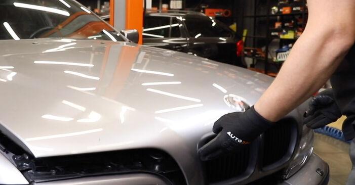 Wie problematisch ist es, selber zu reparieren: Keilrippenriemen beim BMW E39 Touring 530i 3.0 2000 auswechseln – Downloaden Sie sich bebilderte Tutorials