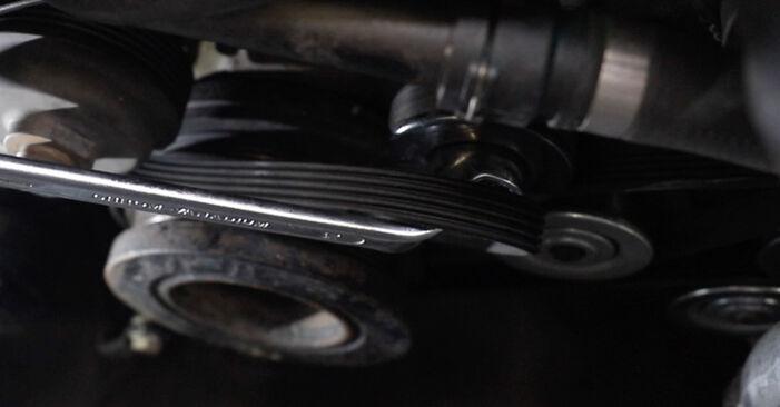 Hoe BMW 5 SERIES 520i 2.2 1998 Thermostaat verwijderen – online eenvoudige instructies