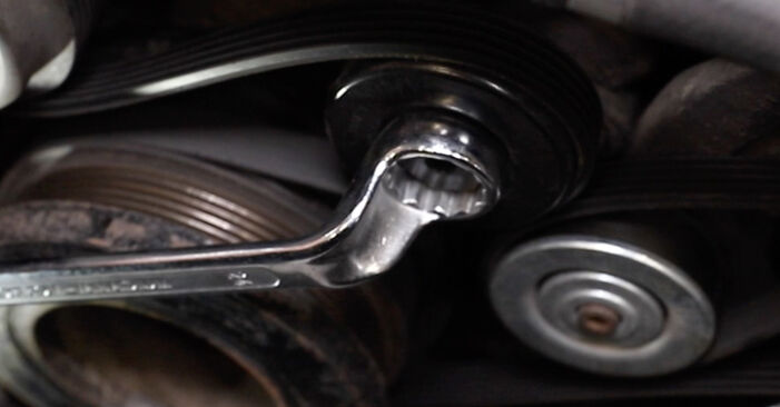 Hoe lang duurt Thermostaat vervangen BMW E39 Touring 1994 – informatieve pdf-handleiding