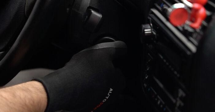 BMW 3 Limousine (E36) 1999 Ölfilter - Anleitung zum selber Austauschen
