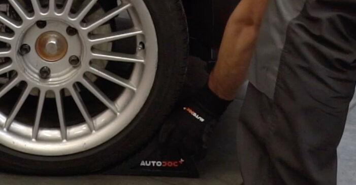 Bremsscheiben am BMW 3 Limousine (E36) 328i 2.8 1999 wechseln – Laden Sie sich PDF-Handbücher und Videoanleitungen herunter