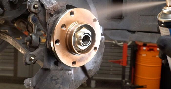 Hvordan skifte BMW 3 SERIES 1994 Hjullager trinn–for–trinn veiledning