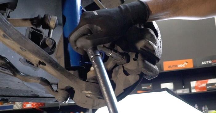 Hvordan skifte Hjullager på BMW 3 Sedan (E36) 1999 – tips og triks