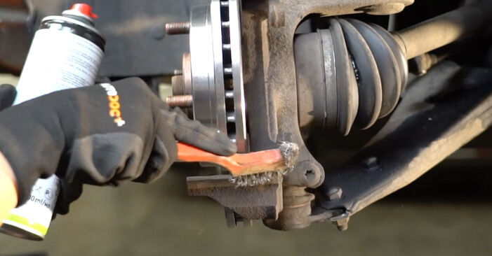 NISSAN MICRA 1.4 i 16V Brake Pads replacement: online guides and video tutorials