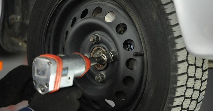 Austauschen Anleitung Radlager am Nissan Micra k11 2002 1.0 i 16V selbst