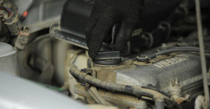 Wie Ölfilter Nissan Micra k11 1.0 i 16V 1992 tauschen - Kostenlose PDF- und Videoanleitungen