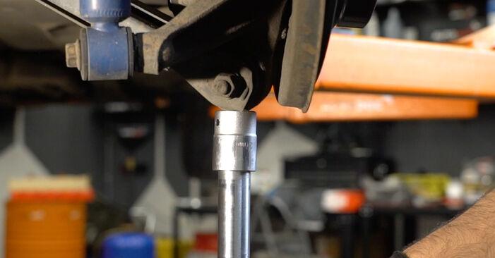 BMW 3 SERIES 320i 2.0 Stoßdämpfer ausbauen: Anweisungen und Video-Tutorials online