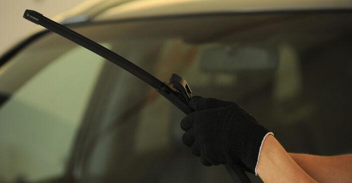 Wechseln Scheibenwischer am HYUNDAI SANTA FÉ II (CM) 2.7 V6 GLS 4x4 2008 selber