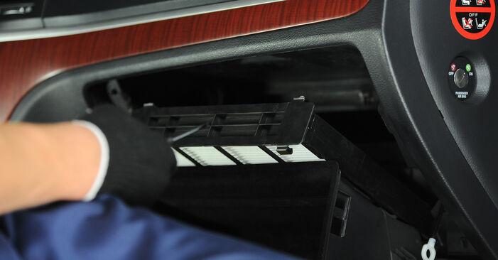 Jak trudno jest to zrobić samemu: wymień Filtr powietrza kabinowy w Hyundai Santa Fe cm 2.4 4x4 2011 - pobierz ilustrowany przewodnik