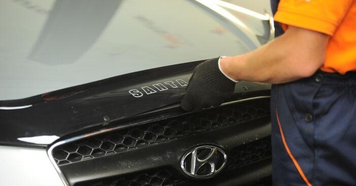 Wie Kraftstofffilter HYUNDAI SANTA FÉ II (CM) 2.2 CRDi GLS 4x4 2006 austauschen - Schrittweise Handbücher und Videoanleitungen