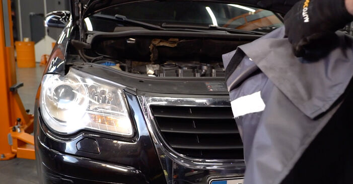 Jak dlouho trvá výměna: Brzdovy kotouc na autě Hyundai Santa Fe cm 2005 - informační PDF návod