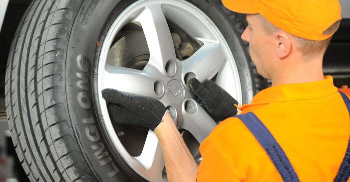 Wechseln Bremsbeläge am HYUNDAI SANTA FÉ II (CM) 2.7 V6 GLS 4x4 2008 selber