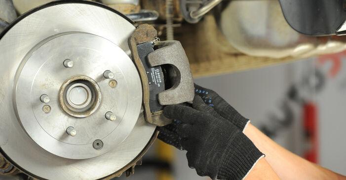 Vanskelighetsgrad: Bytte av Bremseskiver på Hyundai Santa Fe cm 2.4 4x4 2011 – last ned illustrert veiledning