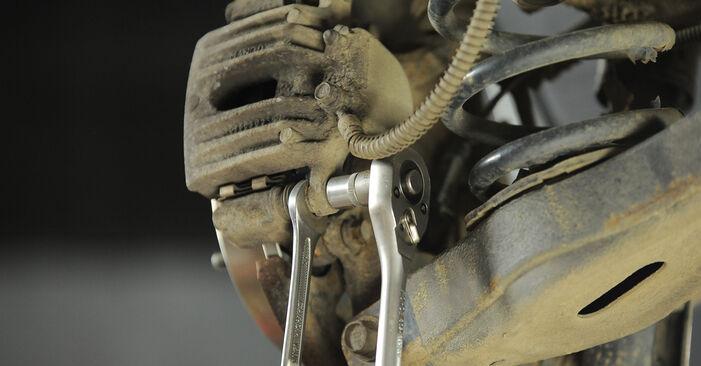 Hvordan skifte HYUNDAI SANTA FE 2012 Bremseskiver trinn–for–trinn veiledning