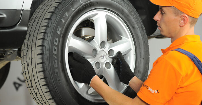 How to replace Brake Pads on HYUNDAI SANTA FÉ II (CM) 2010: download PDF manuals and video instructions