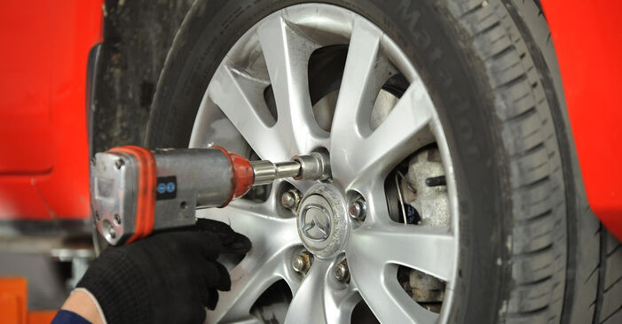 Changing Track Rod End on MAZDA 3 Saloon (BK) 2.0 MZR-CD 2006 by yourself