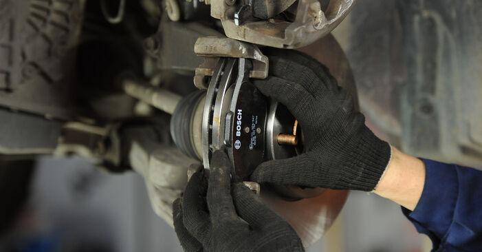 Hoe Mazda 3 Sedan 2003 Remblokken vervangen – kosteloze pdf-handleidingen en tutorials
