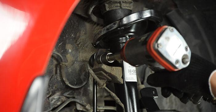 Hoe moeilijk is doe-het-zelf: Veren wisselen Mazda 3 Sedan 2.3 2009 – download geïllustreerde instructies