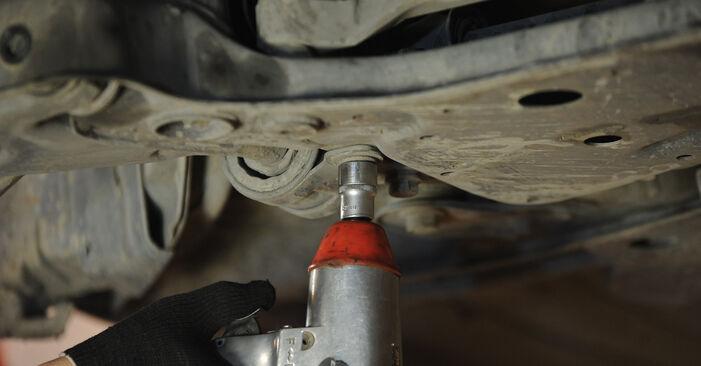 3 Saloon (BK) 1.4 2007 Control Arm DIY replacement workshop manual