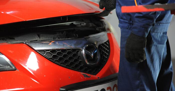 Как се сменя Спирачни Накладки на Mazda 3 Седан 2003 - безплатни PDF и видео уроци