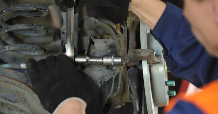 Wie Radlager MAZDA 3 Stufenheck (BK) 1.6 DI Turbo 2004 austauschen - Schrittweise Handbücher und Videoanleitungen