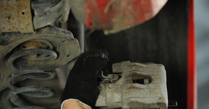 Wie schwer ist es, selbst zu reparieren: Radlager Mazda 3 Limousine 2.3 2009 Tausch - Downloaden Sie sich illustrierte Anleitungen