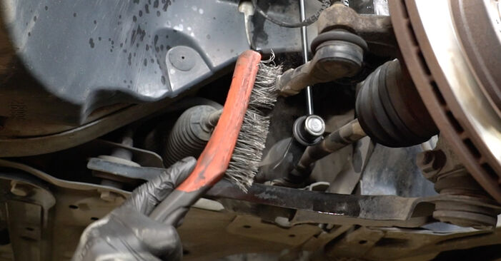How to replace Shock Absorber on HYUNDAI SANTA FÉ II (CM) 2010: download PDF manuals and video instructions