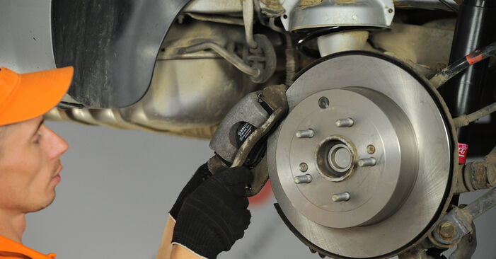 How hard is it to do yourself: Wheel Bearing replacement on Hyundai Santa Fe cm 2.4 4x4 2011 - download illustrated guide