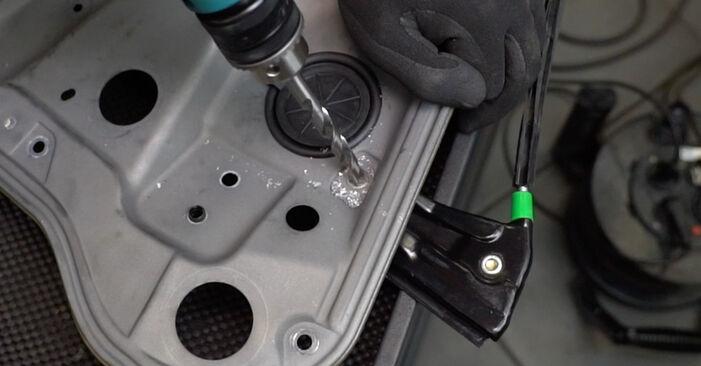 VW GOLF 1.9 TDI Fensterheber ausbauen: Anweisungen und Video-Tutorials online