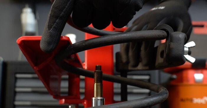 Trinn-for-trinn anbefalinger for hvordan du kan bytte BMW E36 2000 318i 1.8 Støtdemper selv