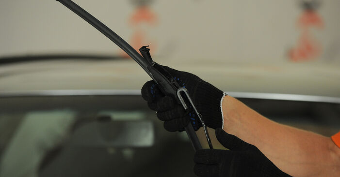 Changing Wiper Blades on AUDI A4 Avant (8D5, B5) 1.8 T 1997 by yourself